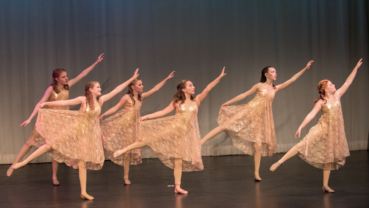 """""""Dance Your Heart Out""""  Spring Recital Details"""